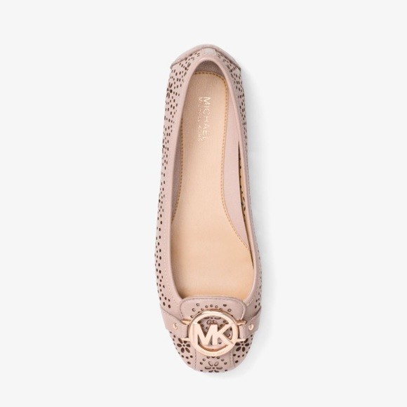 Michael Kors Shoes - Michael Kors Leather Flower Cut Fulton Moc